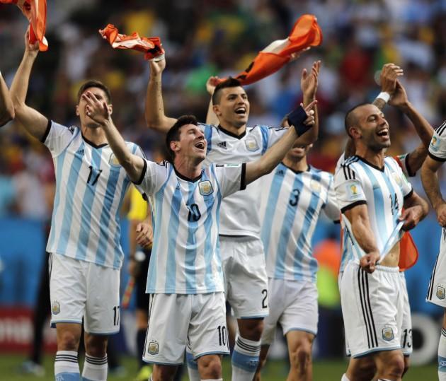 """阿根廷=世界杯""""杆位帝"""" 84年神迹无人能破"""
