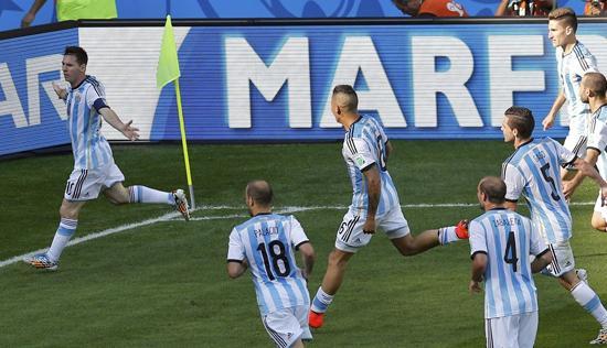 惹不起!小组赛之王 阿根廷14战11胜12年不败