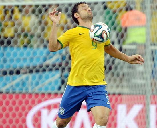 鬼才!巴西锋霸不学罗纳尔多 演绎因扎吉神韵