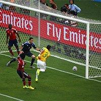 巴西队长席尔瓦门前抢点破门