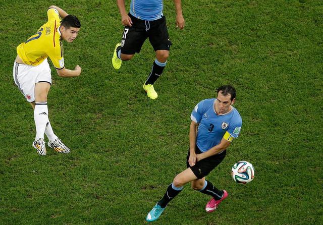 乌拉圭中卫:苏神禁赛影响巨大 绝非出局借口
