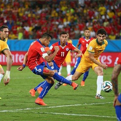 高清:澳大利亚1-3智利 潘塔纳尔球场开战