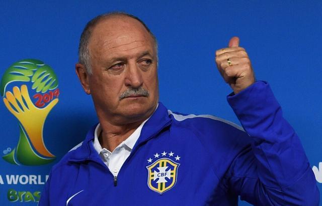 斯科拉里:巴西赢球靠裁判? 五冠王实力为先