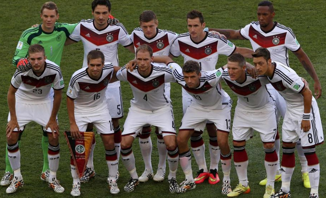球衣魔咒再现!德国队夺冠必须感谢主场队服