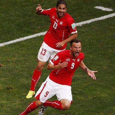 瑞士2-1绝杀厄瓜多尔 奇兵补时破门