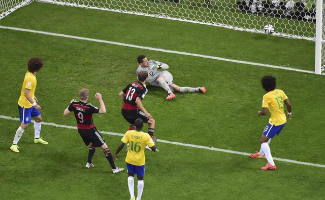巴西42场主场不败终结 伤痕累累桑巴何日再舞