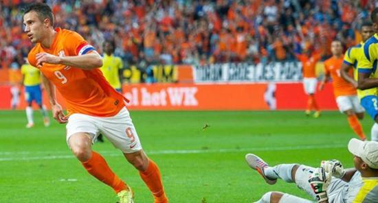 热身赛-荷兰主场1-1战平厄瓜多尔 范佩西破门