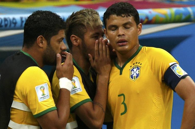 席尔瓦:一晚上没睡觉 希望巴西球迷能够原谅