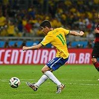 巴西奥斯卡打入挽回颜面一球