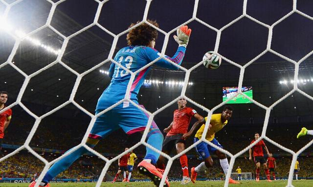 奥乔亚:我想踢欧冠 利物浦阿森纳:那来吧!