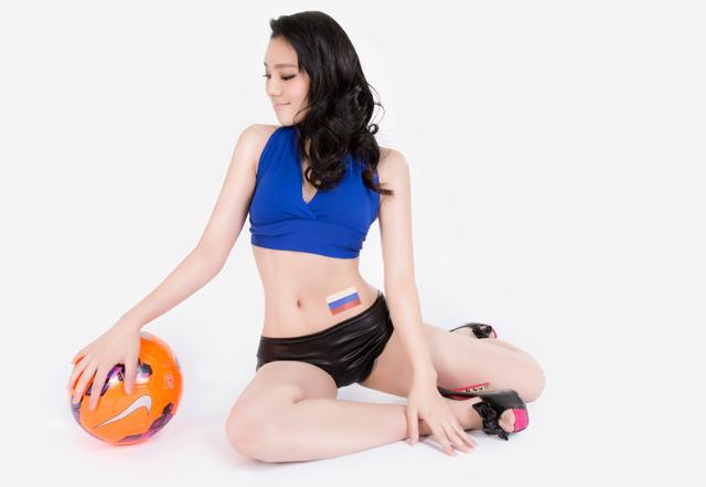 世界杯6月18日美女看彩:俄罗斯可稳胜韩国