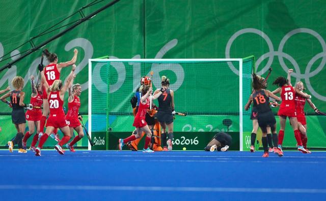 英国点球战力克荷兰 首夺其女曲奥运冠军创史