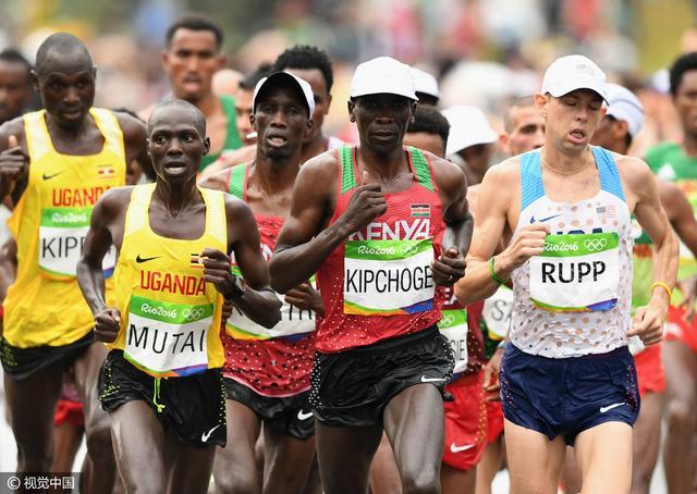 田径最后一金 肯尼亚选手斩获男子马拉松金牌