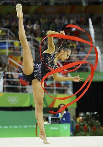 艺术体操个人全能 俄罗斯包揽金银牌