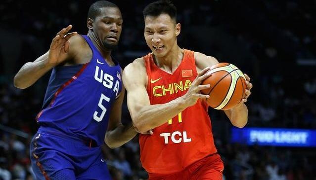 宫鲁鸣:想成强队得自己努力 易建联配得上NBA
