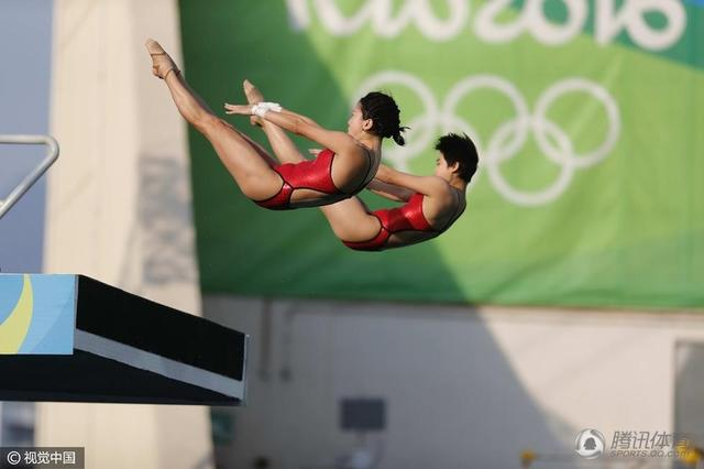 【慢镜头-此刻是金】告别奥运 陈若琳催泪一跳