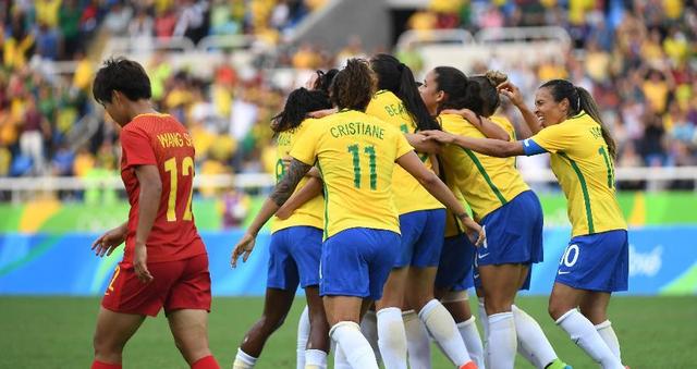 巴西总结:东道主史上最佳战绩 足球夺冠圆梦