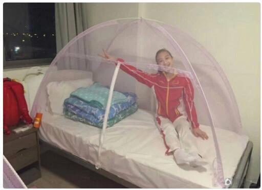 外媒赞中国队防寨卡用蚊帐 澳选手防蚊服被偷