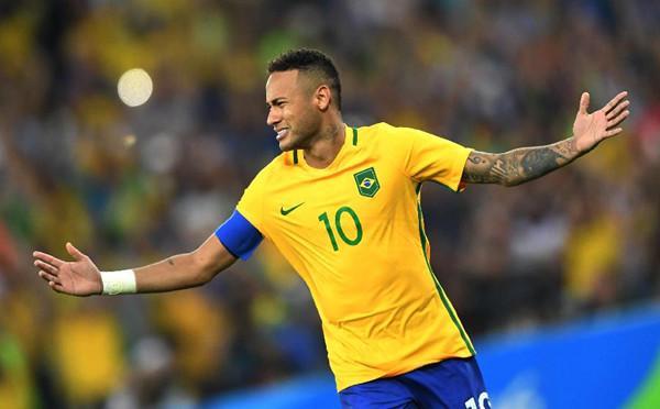 足球�C述:�H�I玫瑰里�s�`放 巴西男足�K�A��
