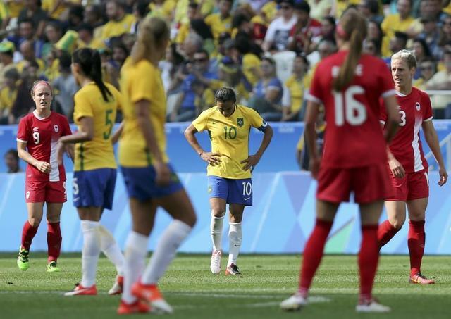 女足-加拿大2-1胜巴西夺得铜牌 辛克莱尔破门
