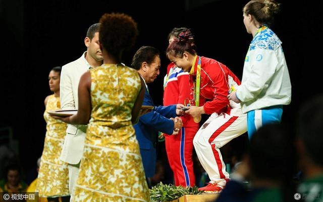 女举63公斤成绩单 邓薇破纪录夺冠就问还有谁