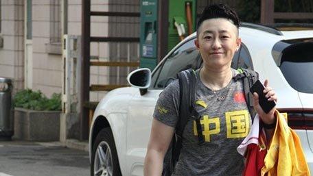 中国羽毛球队全队出发里约