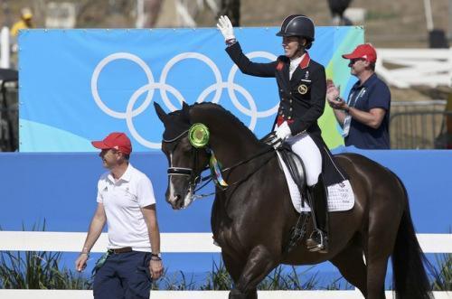 趣你的奥运:福原爱撩妹 女排打哭巴西小球迷