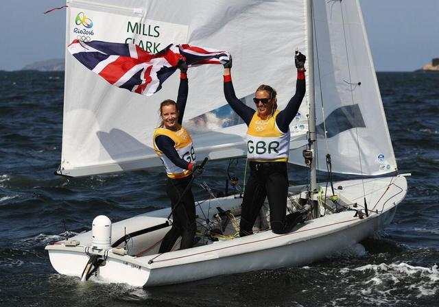 女子帆船470英国组合夺金 黄丽珠/王晓丽列16