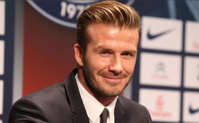 英国足球传奇贝克汉姆 生涯末期仍获全场欢呼