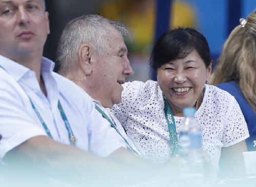 中国跳水领队周继红:陈若琳创造历史 为她骄傲