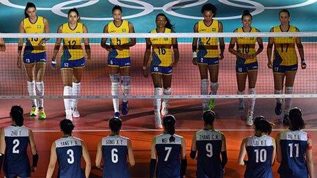 从18连败到2连胜巴西!中国女排打哭对手太解气