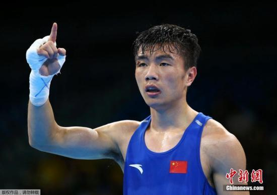 胡建关夺拳击铜牌 母亲:害怕看到儿子比赛受伤