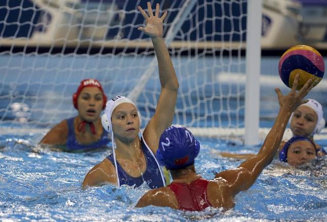 女子水球美国摘金 意大利获银牌俄罗斯铜牌