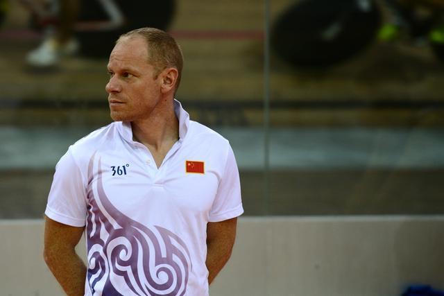 在中国教出首个奥运冠军 教练:喝两杯啤酒庆祝