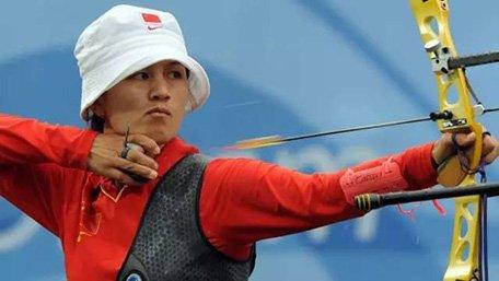 跟着奥运练射箭 娱乐圈刘德华蔡妍都是发烧友