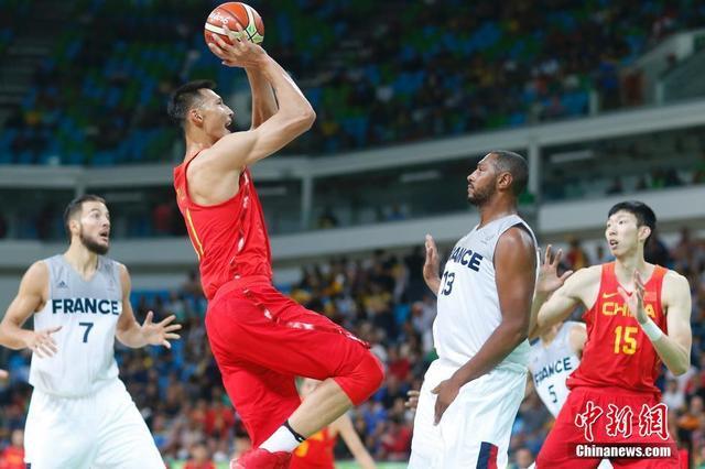 易建联重返NBA重新燃梦:中国男篮的路还很长