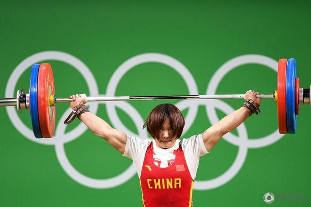 女子举重69公斤级历届冠军表 向艳梅惊险夺冠