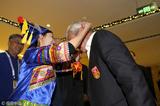 高清:里皮抵达国足酒店 获少数民族礼节接待
