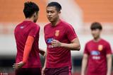 高清:U23男足西安备战 张玉宁伤愈参与合练
