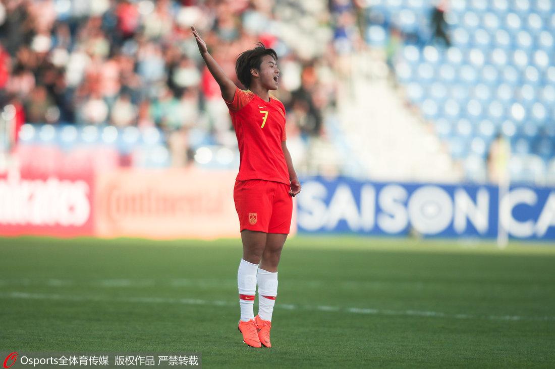 高清:女足4-0泰国!王霜霸气庆祝 李影遮文身