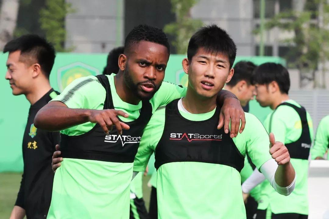 高清:上港1-2客负赛季首败仍出线 林创益破门
