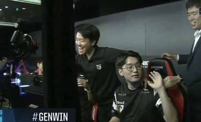 S7冠军CoreJJ放言挑战RNG RNG回应:接受你的挑战