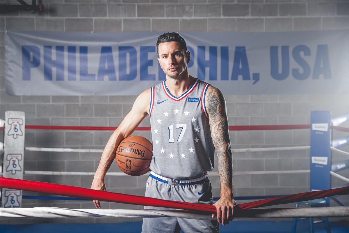 76人球員展示新賽季城市版球衣-Haters-黑特籃球NBA新聞影音圖片分享社區