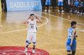 组图:南模胜上中国际夺冠 吴泽昊庆祝三分球队剪网庆祝