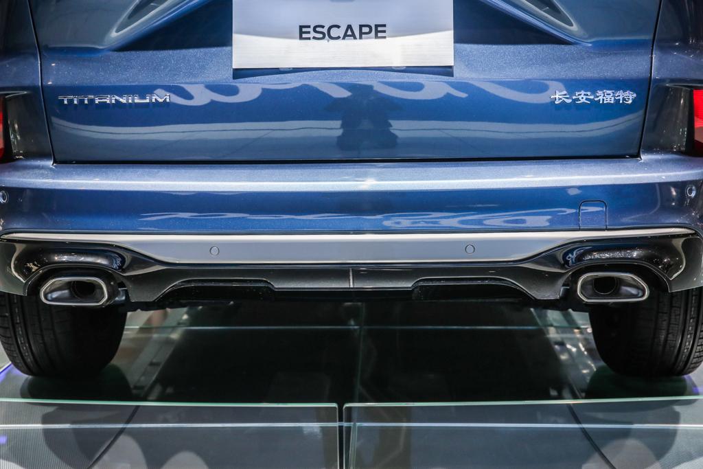 长安福特Escape  升级加大版翼虎/穿上唐装更美式