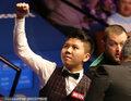 斯诺克世锦赛首轮 中国小将扛压淘汰马克艾伦