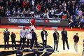组图:众星出席总决赛现场观战 麦迪波什领衔NBA名宿登场致意