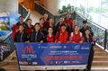 高清:中国女排抵达香港备战世联赛 郎平笑容灿烂朱婷淡定受访