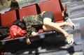 冠军背后的辛苦 马龙樊振东候机厅睡着 刘诗雯行色匆匆稍显憔悴