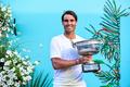 纳达尔拍庆祝照喜悦满溢 网友:你跟法网冠军奖杯锁了!